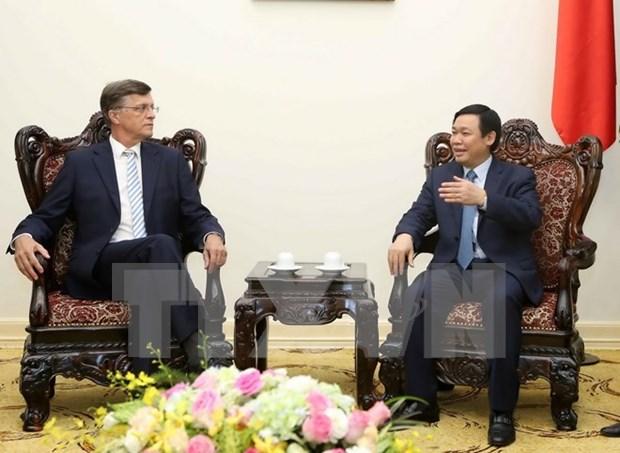 Vietnam da la bienvenida a los inversores australianos, dice vicepremier hinh anh 1