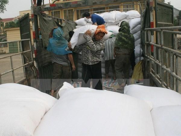 Entregan casi cuatro mil toneladas de arroz a provincia afectada por sequia hinh anh 1