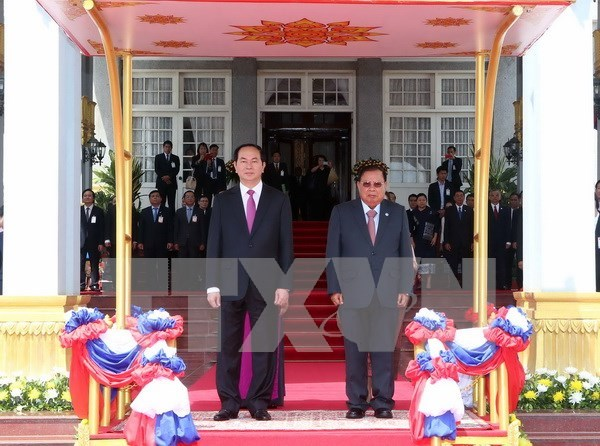 Presidente vietnamita arriba a Vientiane para iniciar visita estatal a Laos hinh anh 1