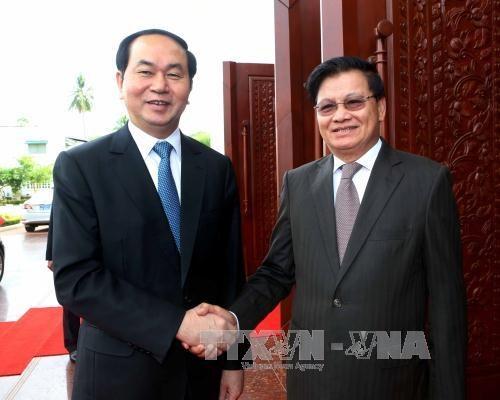 Presidente de Vietnam dialoga con lideres laosianos hinh anh 1