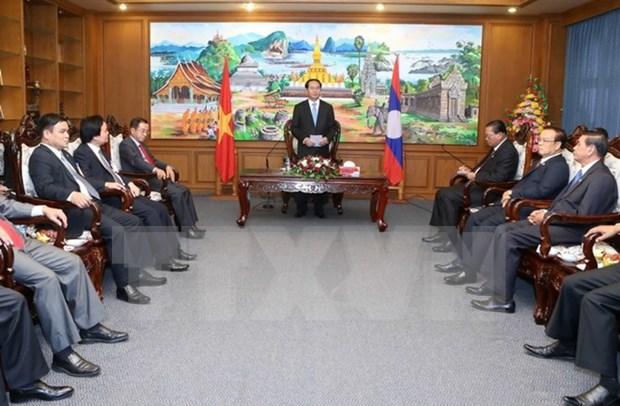 Presidente de Vietnam aboga por facilitar inversiones de Hanoi en Champasak hinh anh 1