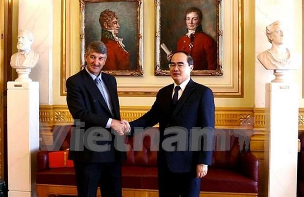 Vietnam espera una mayor cooperacion con Noruega hinh anh 1