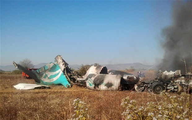 Myanmar: Tres muertos al caer un helicoptero militar hinh anh 1