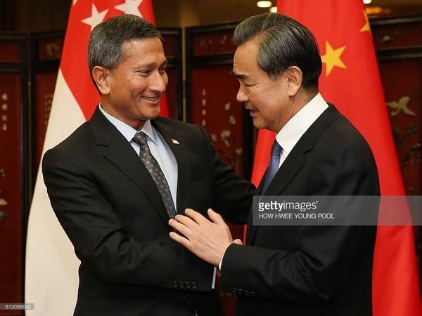 Singapur dispuesto a ser puente entre ASEAN y China hinh anh 1