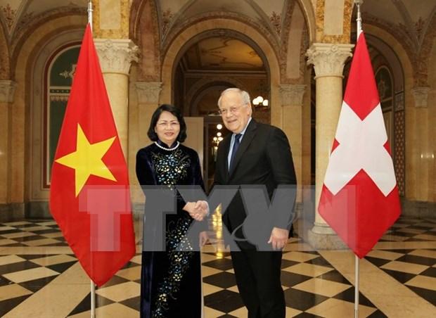Vietnam es socio prioritario de Suiza en Asia-Pacifico, dijo presidente hinh anh 1