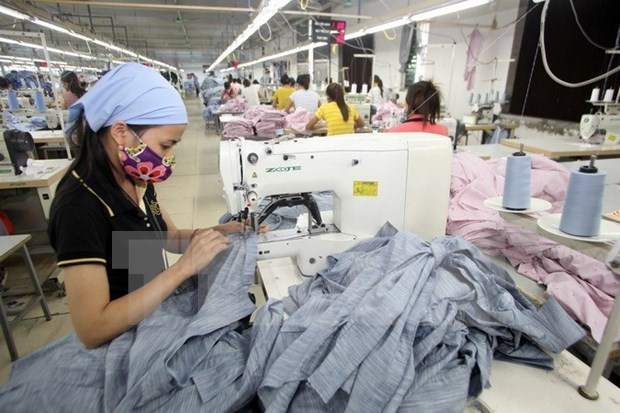 Amplia BAD respaldo a actividades comerciales de Vietnam hinh anh 1
