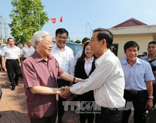Lider partidista vietnamita realiza visita de trabajo a localidad surena hinh anh 1