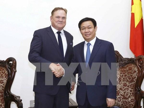 Grupo canadiense suministra servicios financieros a empresas vietnamitas hinh anh 1
