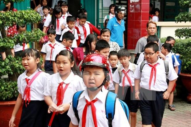 Equipan a diputados electos con conocimientos sobre demografia hinh anh 1