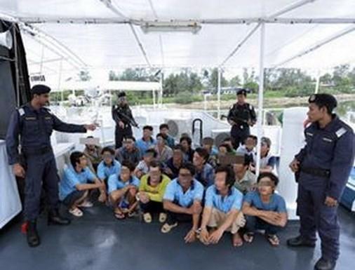 Vietnam promete proteger derechos de pescadores detenidos en Malasia hinh anh 1