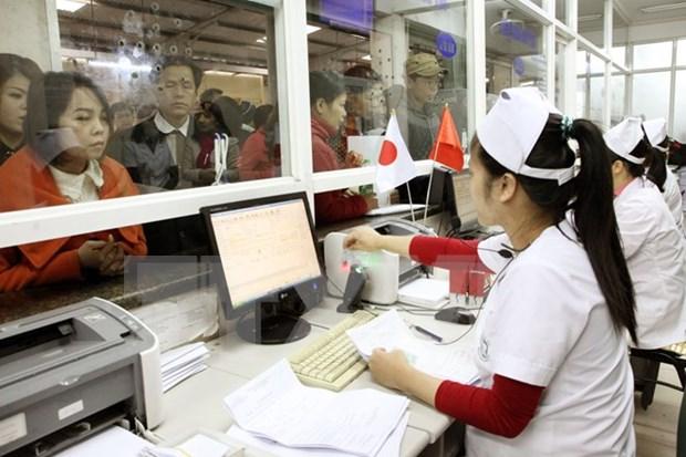 Provincia vietnamita aumenta cobertura de seguro medico hinh anh 1