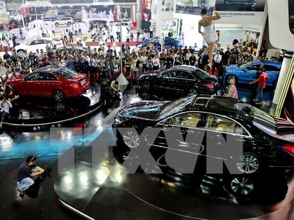 Importaciones automovilisticas de Vietnam aproximan mil millones de dolares hinh anh 1