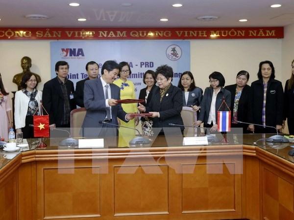 VNA coopera Departamento de Relaciones Publicas de Tailandia en sector comunicativo hinh anh 1