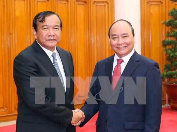 Premier vietnamita aboga por promover mecanismos de cooperacion con Camboya hinh anh 1