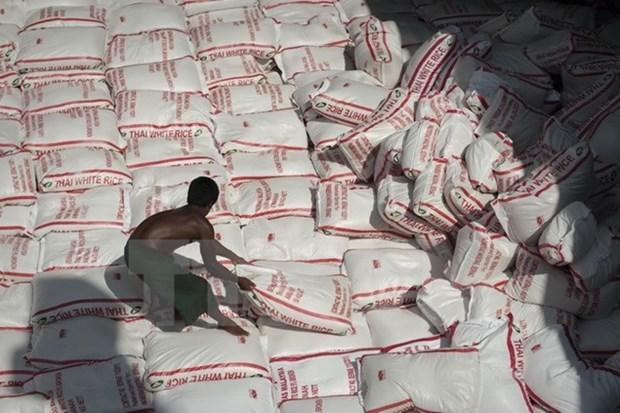 Tailandia planea vender 10 millones de toneladas de arroz de sus inventarios hinh anh 1