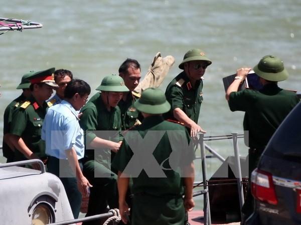 Encuentran restos del avion SU30 desaparecido en entrenamiento en el mar hinh anh 1