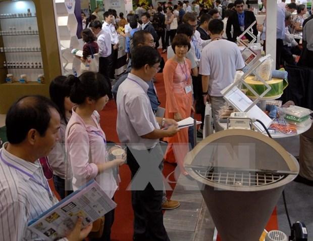 Inauguran en Vietnam feria de tecnologias de cria de camaron hinh anh 1
