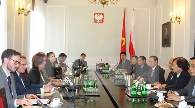Vietnam y Polonia impulsan cooperacion parlamentaria hinh anh 1