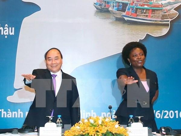 Premier vietnamita pide apoyo internacional en lucha contra el cambio climatico hinh anh 1