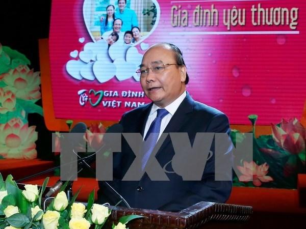 Premier resalta importancia de valores de familia para el pueblo vietnamita hinh anh 1
