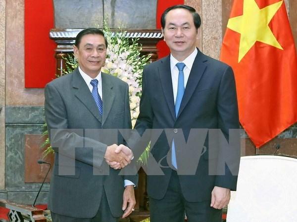Presidente de Vietnam recibe a jefe de Oficina presidencial de Laos hinh anh 1