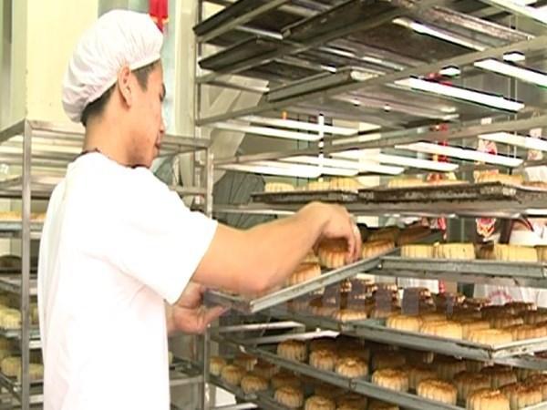 Exporta Kinh Do primer lote de pastel de Fiesta del Medio Otono a EE.UU. hinh anh 1