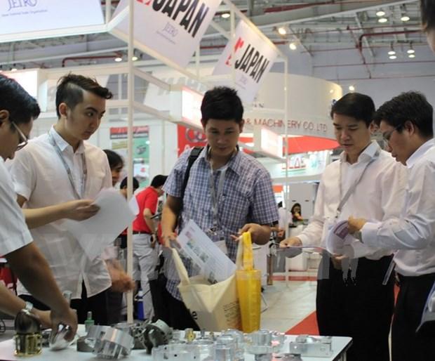 Inauguran exposicion de ingenieria de precision Vietnam 2016 hinh anh 1