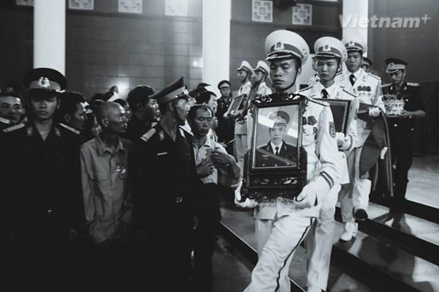 Vietnam agradece a China por apoyo en busqueda de avion accidentado hinh anh 1