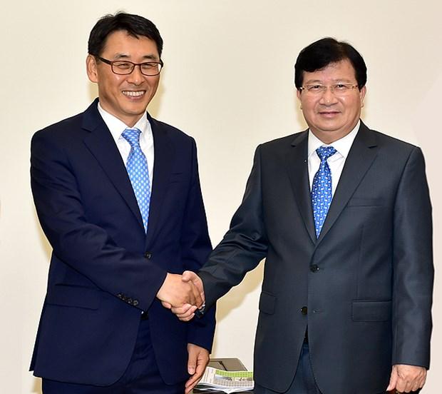 Vicepremier de Vietnam insta a empresas a priorizar proteccion ambiental hinh anh 1