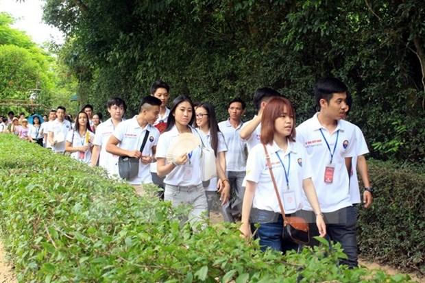 Jovenes residentes en el exterior regresaran a Vietnam para campamento veraniego hinh anh 1