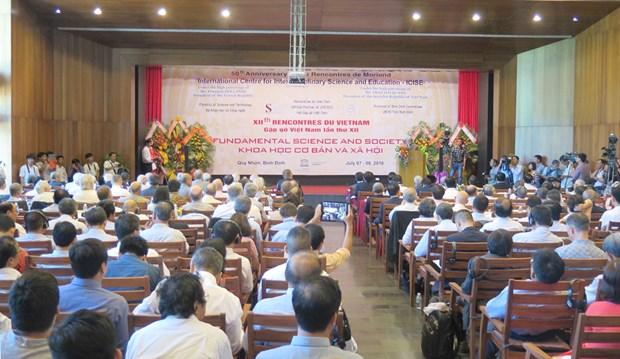 Concluye simposio internacional de ciencia basica en Vietnam hinh anh 1