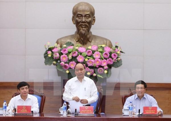 Coordinacion entre gobierno y sindicato de Vietnam benefician a los trabajadores hinh anh 1