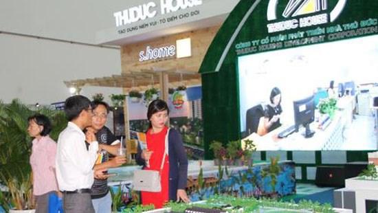 Abren feria de muebles y materiales de construccion de Vietnam 2016 hinh anh 1