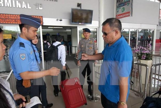 Indonesia incrementa control de entradas de turistas singapurenses y malasios hinh anh 1