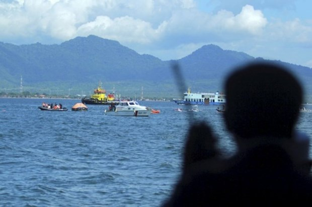 Indonesia ofrece escolta para barcos que navegan a Filipinas hinh anh 1