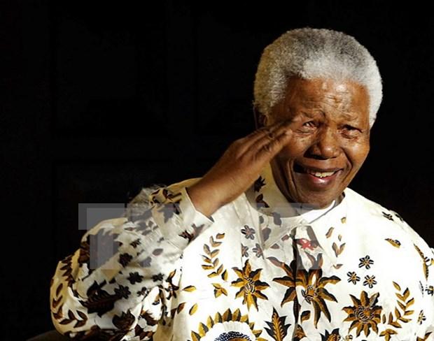 Organizan actividades caritativas en saludo al Dia Internacional de Nelson Mandela hinh anh 1