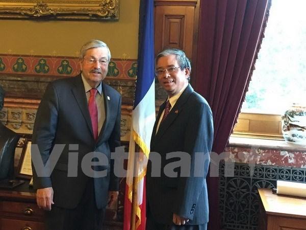 Fortalecen Vietnam y estado estadounidense de Iowa relaciones hinh anh 1