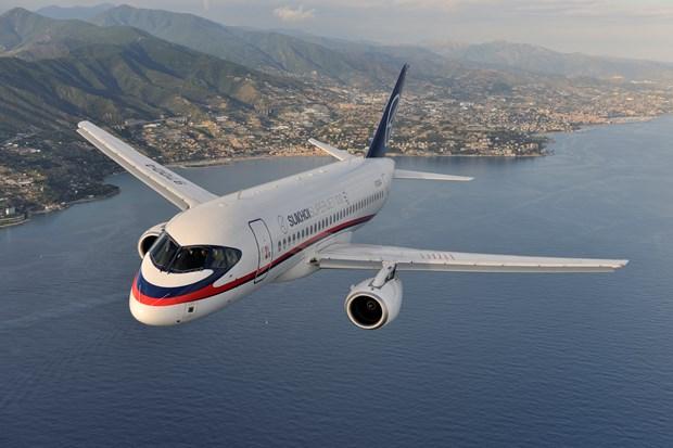 Sukhoi entrega dos aviones SSJ-100 a Tailandia hinh anh 1