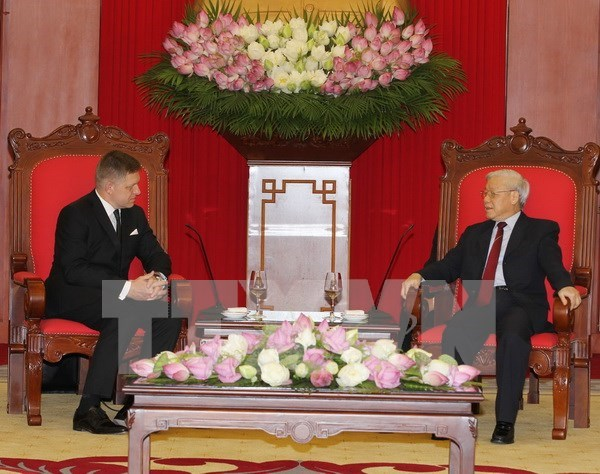 Vietnam forja relaciones de cooperacion multifacetica con Eslovaquia hinh anh 1