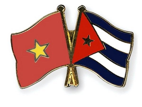 Vietnam y Cuba dialogan sobre politicas de defensa hinh anh 1