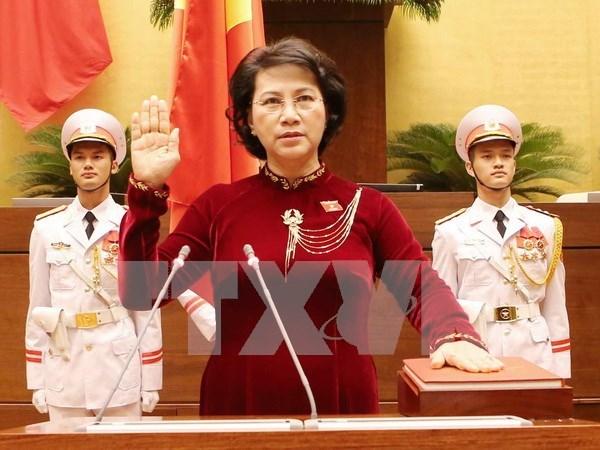 Nguyen Thi Kim Ngan reelegida como presidenta del Parlamento de Vietnam hinh anh 1