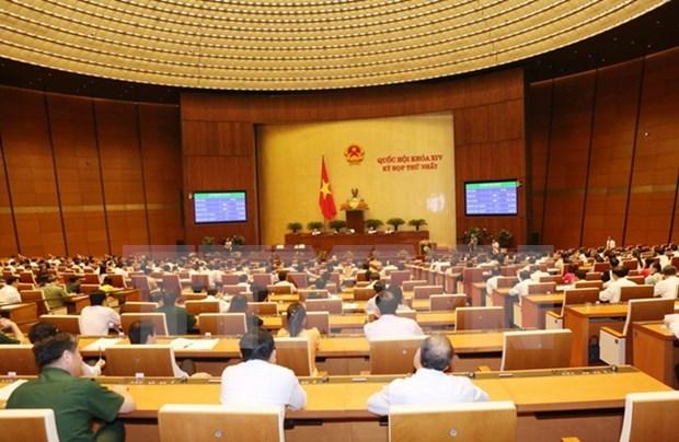 Asamblea Nacional de Vietnam sigue discutiendo asunto del personal hinh anh 1