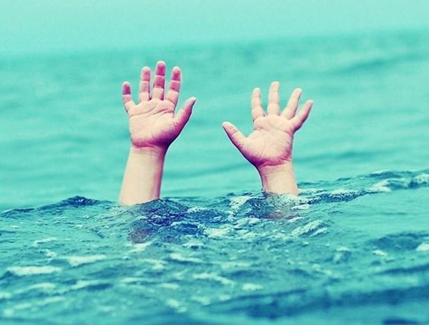 Dong Thap populariza habilidades de natacion para ninos hinh anh 1