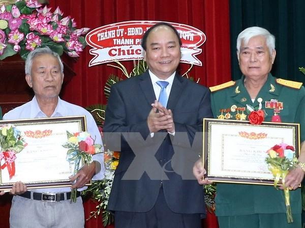 Premier vietnamita visita Zona Militar 9 hinh anh 1