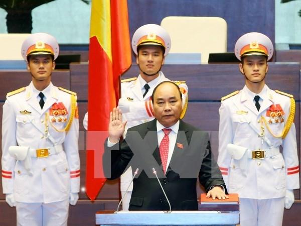 Reelegido Nguyen Xuan Phuc como primer ministro de Vietnam hinh anh 1