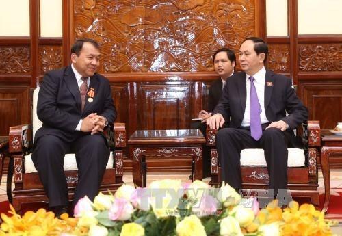 Presidente vietnamita elogia contribucion de embajador camboyano a nexos bilaterales hinh anh 1