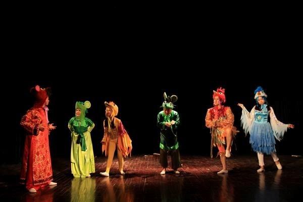 Participa drama vietnamita en festival japones para ninos hinh anh 1