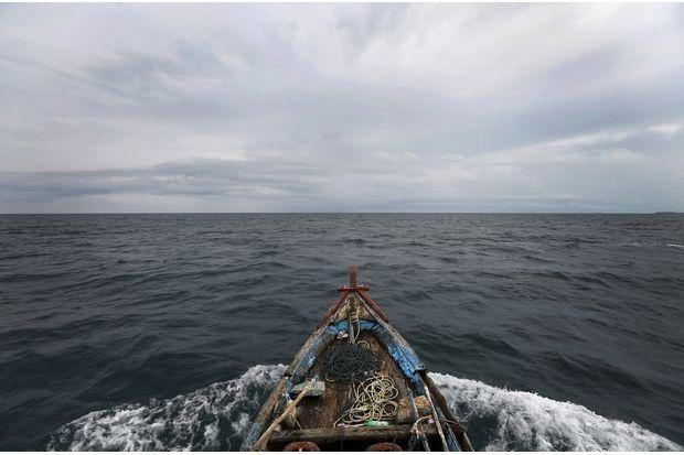 Vietnam participa en cumbre regional de pesca en Indonesia hinh anh 1