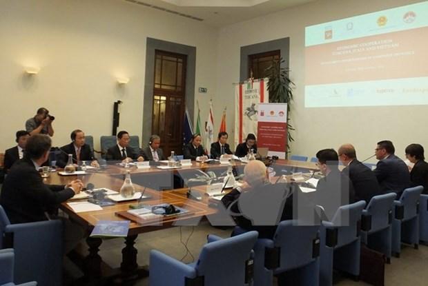 Provincia vietnamita promueve comercio con region italiana hinh anh 1