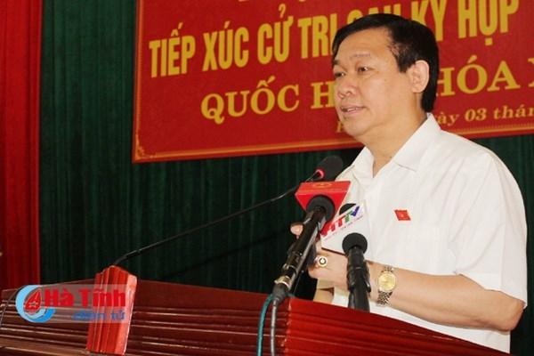 Gobierno vietnamita disena politicas de ayuda a pescadores en provincias centrales hinh anh 1